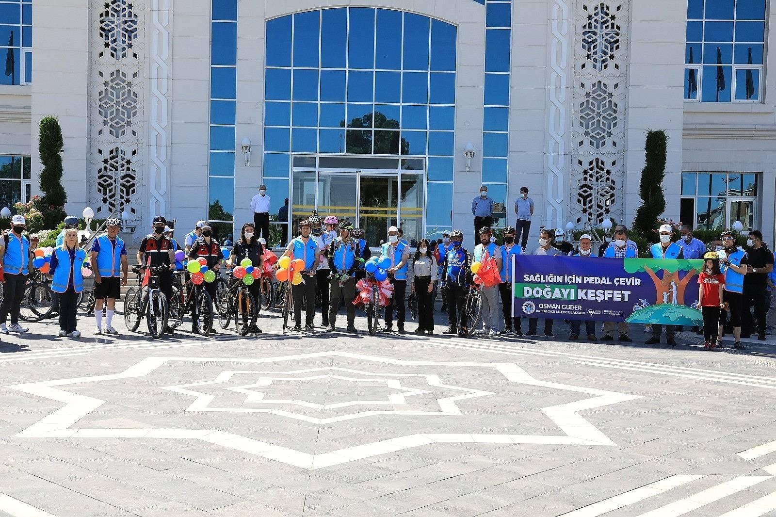 2021/06/battalgazi-belediyesinden-ozel-bisiklet-turu-etkinligi-20210606AW33-1.jpg