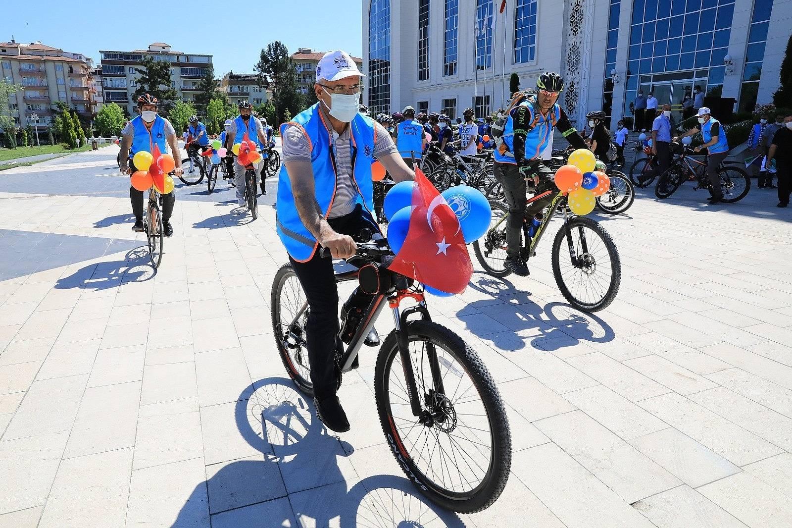 2021/06/battalgazi-belediyesinden-ozel-bisiklet-turu-etkinligi-20210606AW33-3.jpg