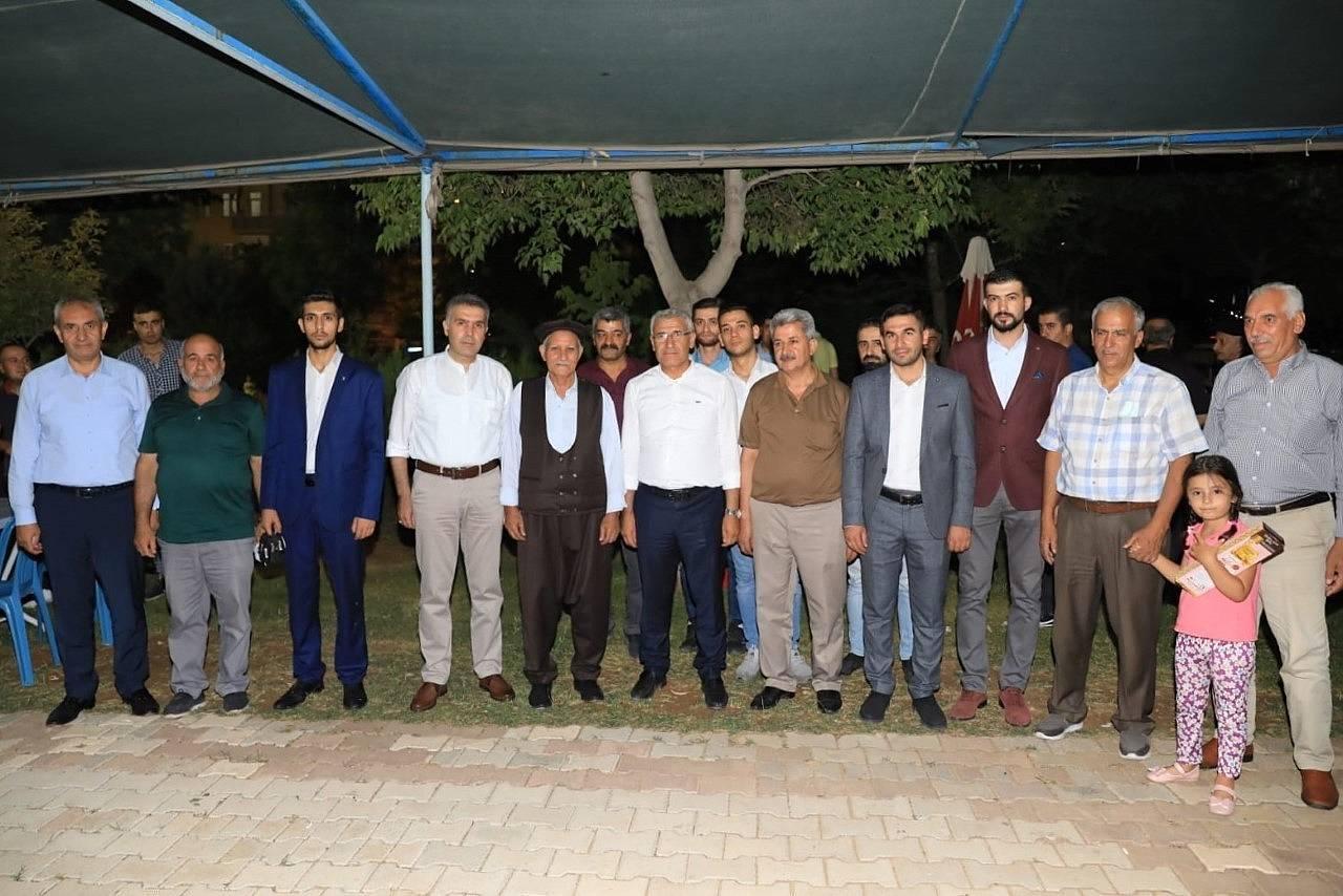 2021/08/battalgazide-osman-baskan-ile-mahalle-bulusmalari-devam-ediyor-20210803AW38-1.jpg