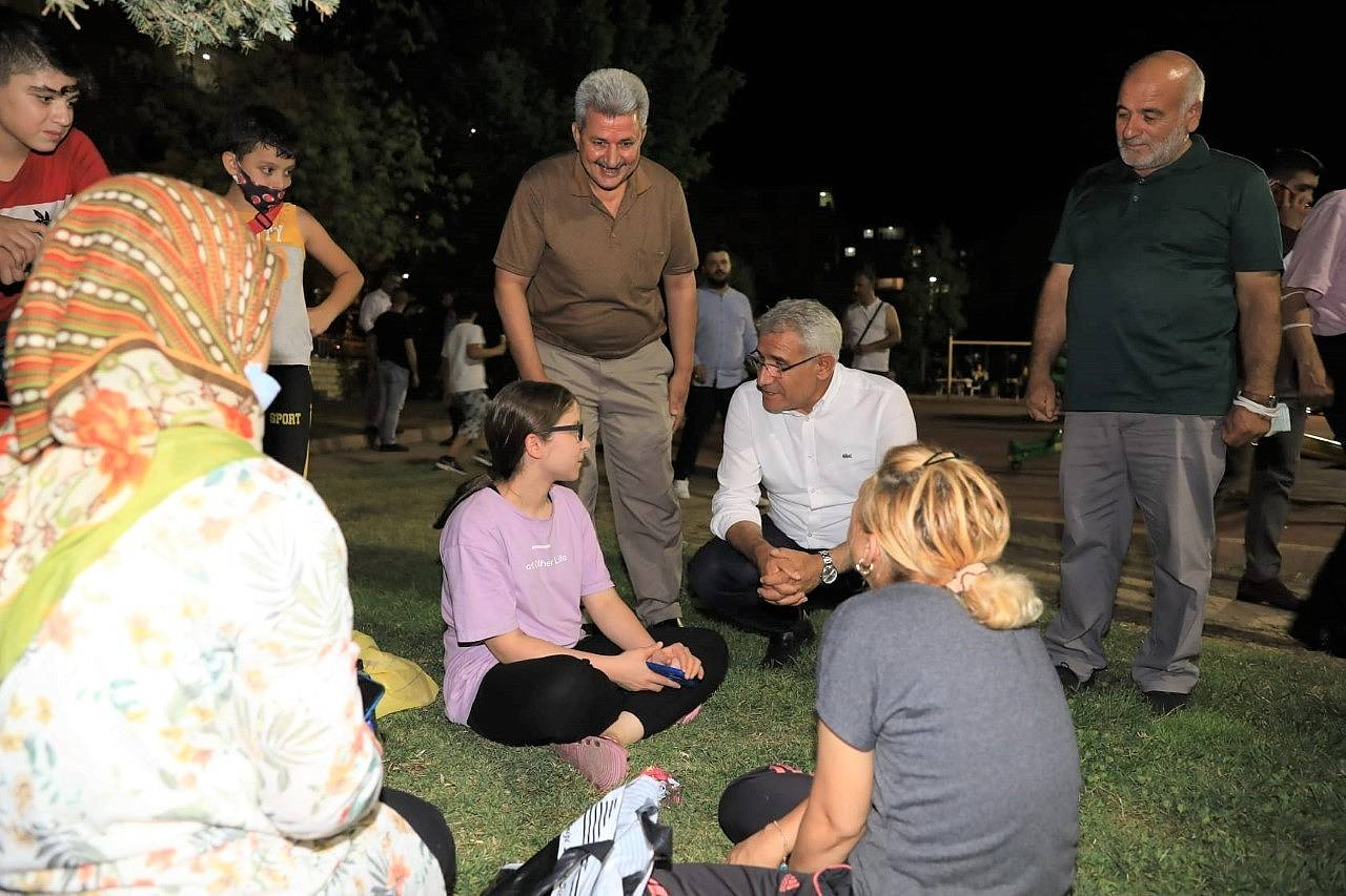2021/08/battalgazide-osman-baskan-ile-mahalle-bulusmalari-devam-ediyor-20210803AW38-4.jpg