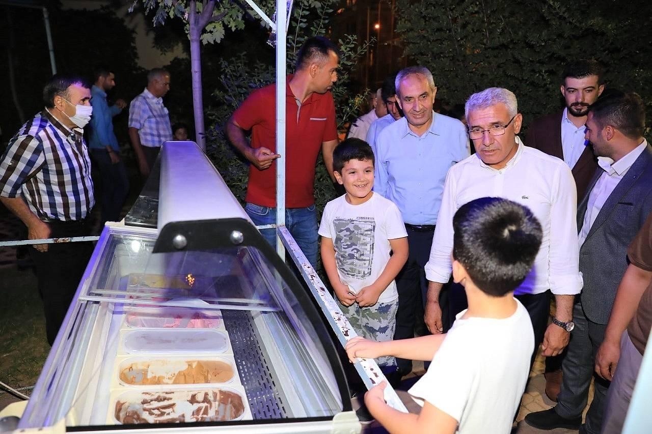 2021/08/battalgazide-osman-baskan-ile-mahalle-bulusmalari-devam-ediyor-20210803AW38-5.jpg