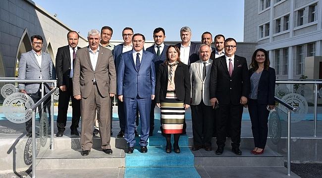 Malkoç, Turgut Özal Üniversitesi Genç Dinamik Bir Üniversite