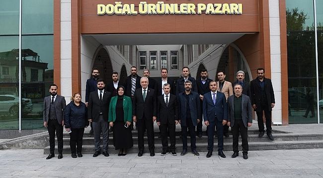 Başkan Çınar, Yeşilyurt'u Büyüteceğiz
