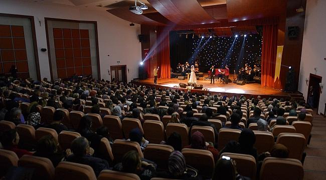 Orçun Akgün ve Emine Aslan'dan Muhteşem Konser
