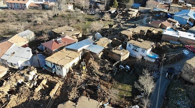 Eskimalatya Aşkı Grubunda Depremzedelere Yardım