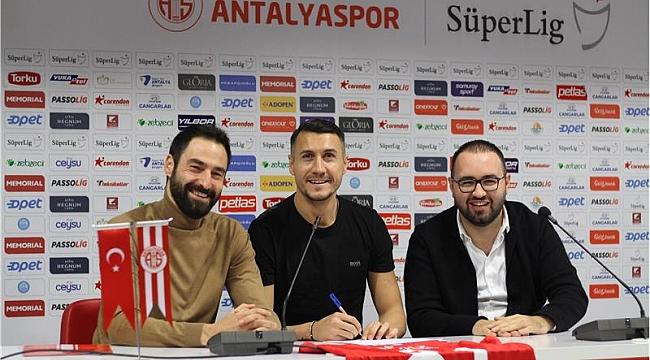Jahovic Antalyaspor ile Anlaştı