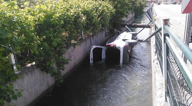 Araç Sulama Kanalına Düştü; 1 Yaralı