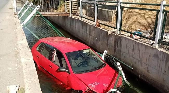 Başharık'ta otomobil sulama kanalına uçtu: 1 yaralı