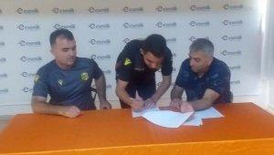 YMS, Altyapıdan 2 futbolcu ile profesyonel sözleşme imzaladı