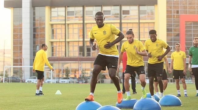 YMS, Konyaspor hazırlıklarını sürdürüyor