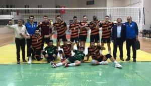 Büyükşehir Voleybol takımı 3-0 ile güldü
