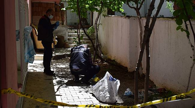 Terastan düşen 4 Çocuk Annesi Kadın Ağır Yaralandı