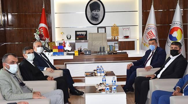 Bakan Yardımcısı Tunç'tan Malatya Ticaret Borsasına Ziyaret