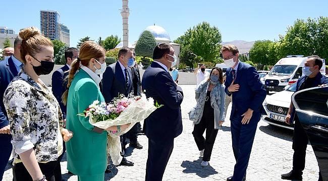 Landrut'tan Selahattin Gürkan'a ziyaret